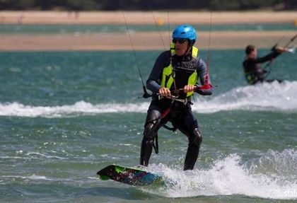 GET RIDING Melbourne Kitesurfing Lesson